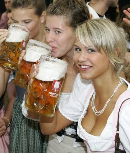 Women_and_beer